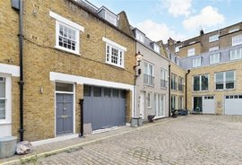Mews Maisonette to rent in Princes Mews, Bayswater