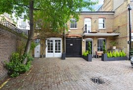 Mews House to rent in Relton Mews, London