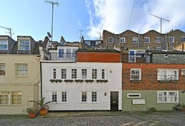 Mews House to rent in Upbrook Mews, London