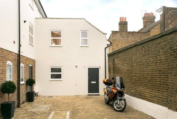 Abberley Mews, Clapham, London, SW4