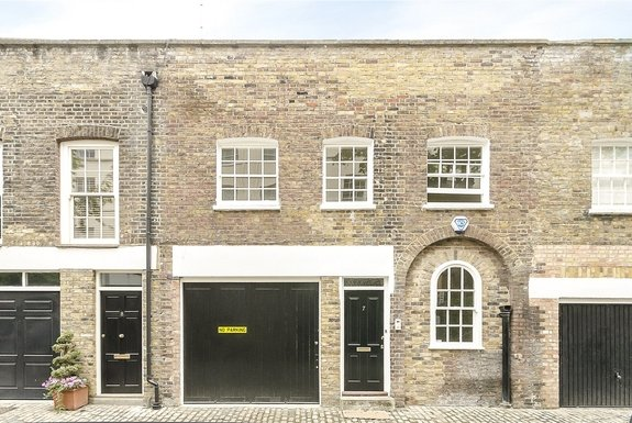 Hanover Terrace Mews, London, NW1